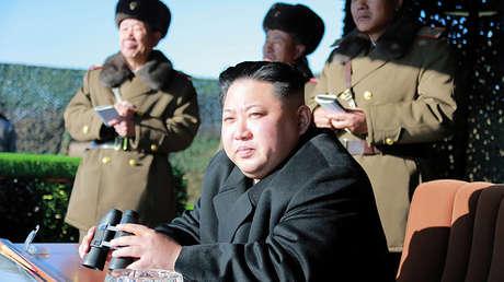 El líder de Corea del Norte, Kim Jong-un, durante un ejercicio de un batallón especial del Ejército norcoreano en Pyongyang, el 11 de diciembre de 2016.