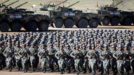 Soldados del Ejército Popular de Liberación chino en julio del 2017