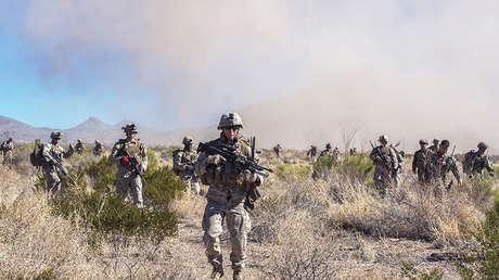 Infantes de Marina estadounidenses durante un simulacro en Nuevo México.