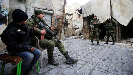 Soldados rusos en Alepo, Siria, 31 de enero de 2016.