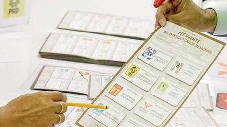 Recuento de votos en las pasadas elecciones federales de México, celebradas en agosto de 2012.