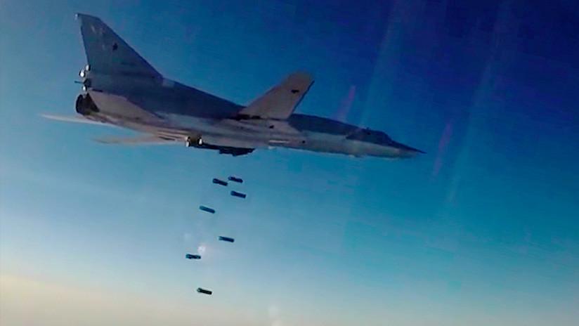Seis bombarderos rusos atacan objetivos terroristas en Deir ez Zor
