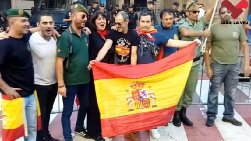 """VIDEO: Gritos de """"viva Franco"""" durante una manifestación en Barcelona"""