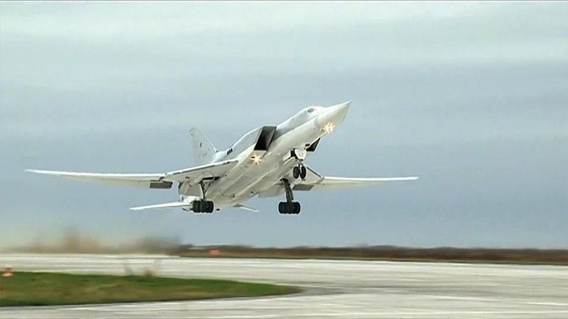 Seis bombarderos rusos destruyen objetivos terroristas en Siria
