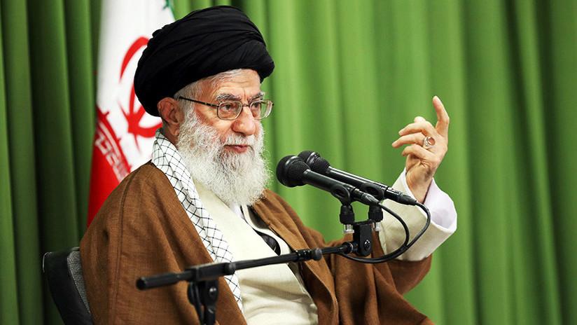 """El """"enemigo número uno"""": Líder supremo iraní advierte que no cederán ante la """"maldad"""" de EE.UU."""
