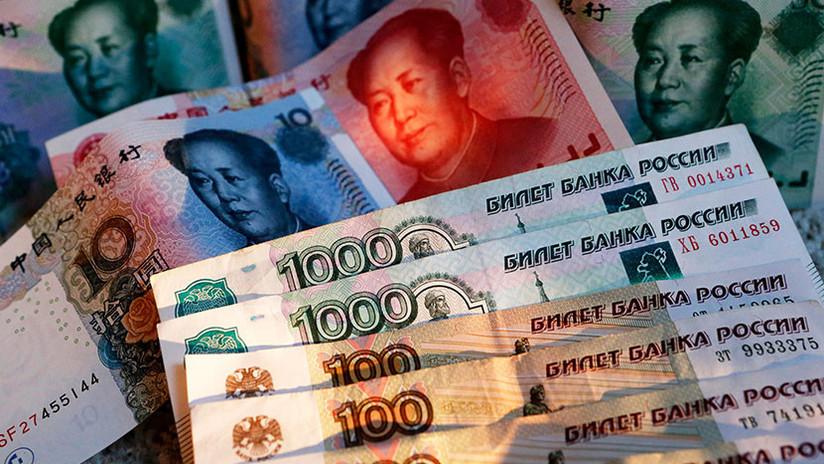 Destronar al dólar: Rusia y China extienden el comercio en rublos y yuanes