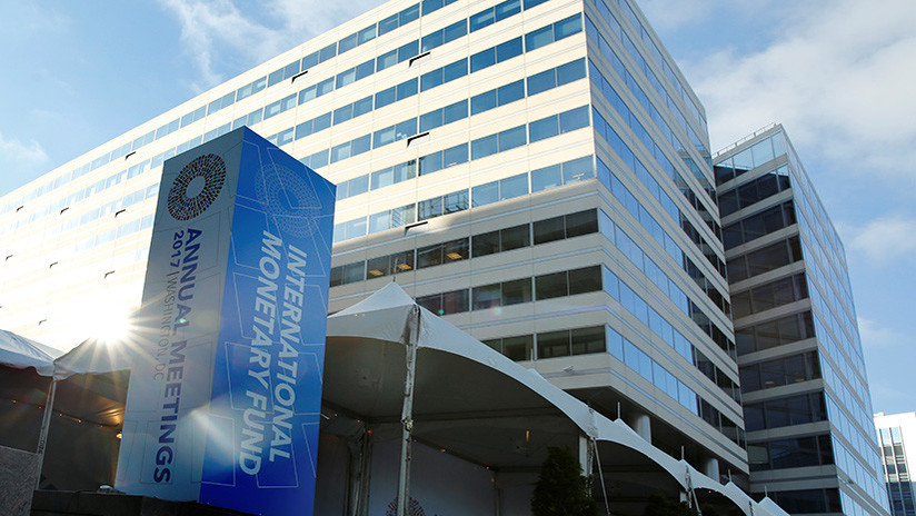 FMI da plazo de seis meses a Venezuela para que entregue cifras económicas