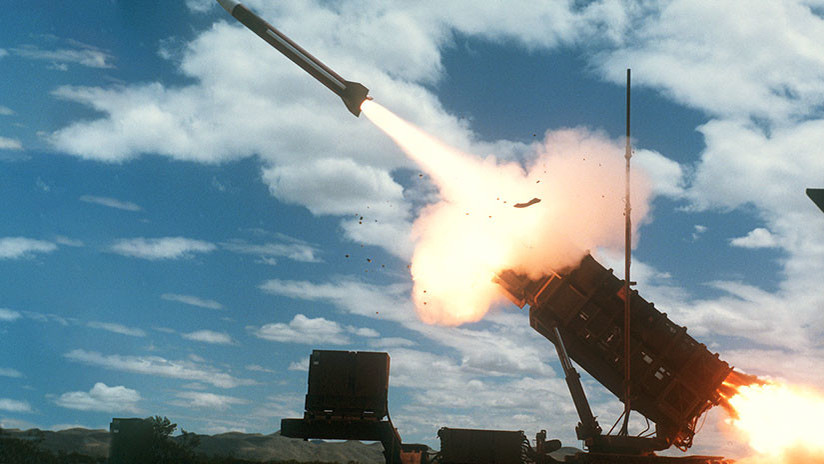 Trump vincula a Irán con el misil lanzado por los hutíes de Yemen contra Arabia Saudita