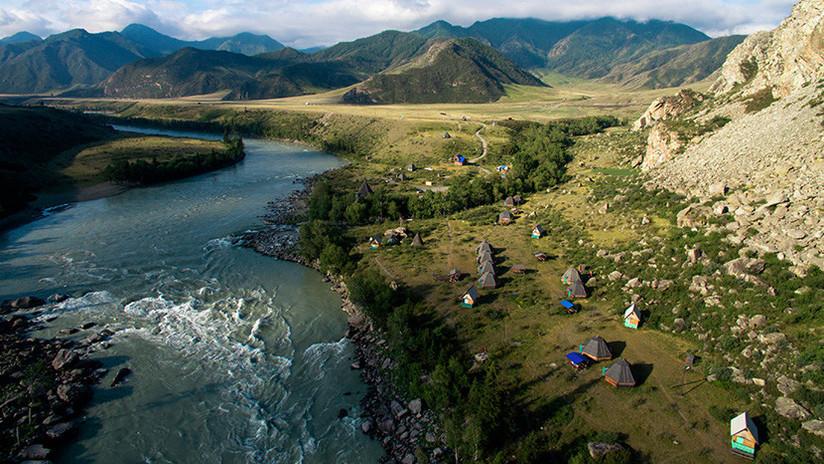 Rusia: Hallan la necrópolis más antigua de la región de Altái y los restos de una 'princesa'