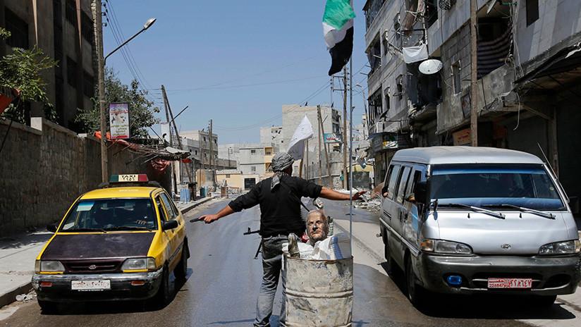 El líder del Estado Islámico escapa de Irak a Siria en un taxi