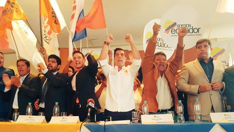 Surge en Ecuador un frente político en apoyo a Moreno y a una consulta popular