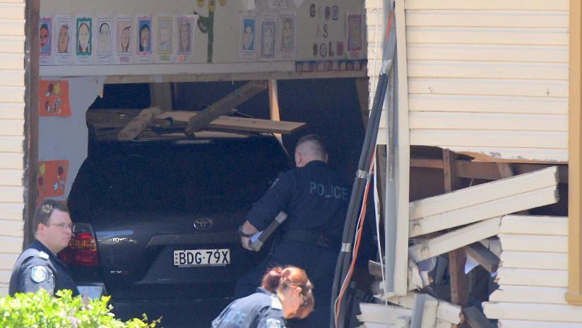 """""""Fue una carnicería"""": niños muertos y heridos al irrumpir un auto en un aula en Australia (Fotos)"""