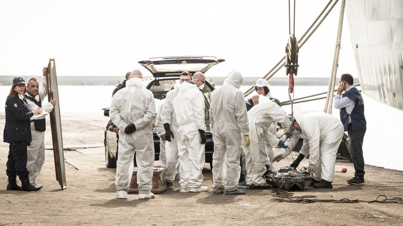 Hallan los cuerpos de 26 adolescentes cerca de la costa de Italia