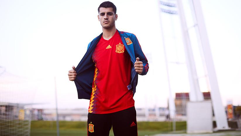 """Periodista español sobre nueva camiseta de la selección: """"Repugnante. No voy a ver ningún partido"""""""