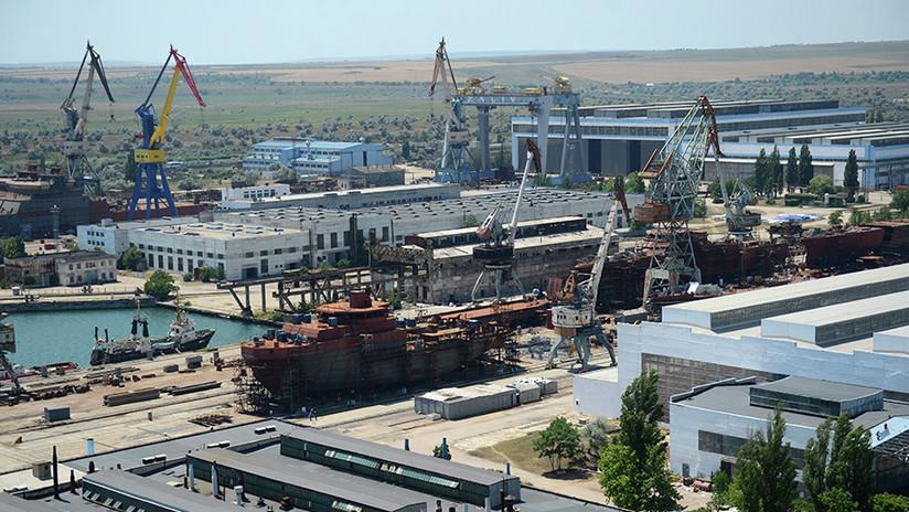 Astillero de Crimea podría construir portaviones