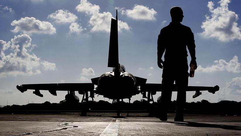 """El Reino Unido anuncia envío de cazas Typhoon a Rumanía por la """"creciente autoconfianza"""" de Rusia"""