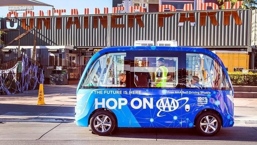 Un microbús autónomo se accidenta en Las Vegas el primer día que comienza a funcionar