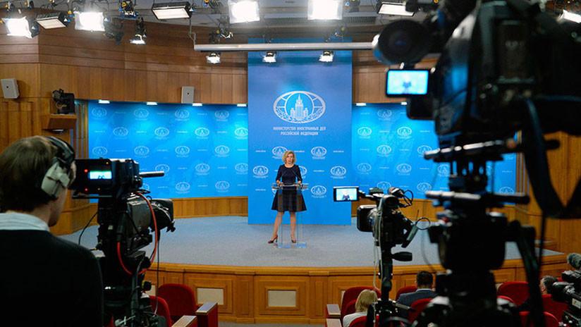 """Ataque a medios alternativos: Rusia responderá a las """"acciones discriminatorias"""" de EE.UU. contra RT"""