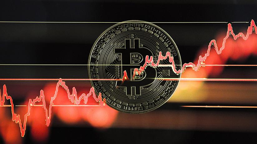 El bitcóin se desploma un 30 % tras alcanzar un nuevo récord