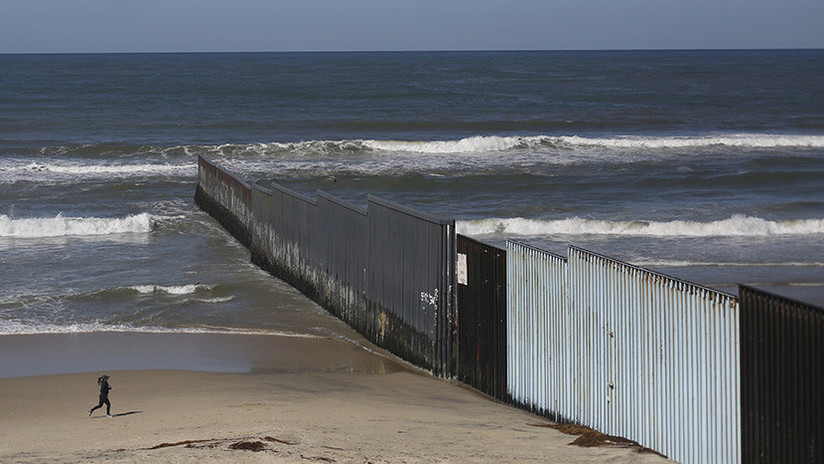 """Revelan detalles """"no autorizados para publicación"""" del muro de Trump frente a México"""