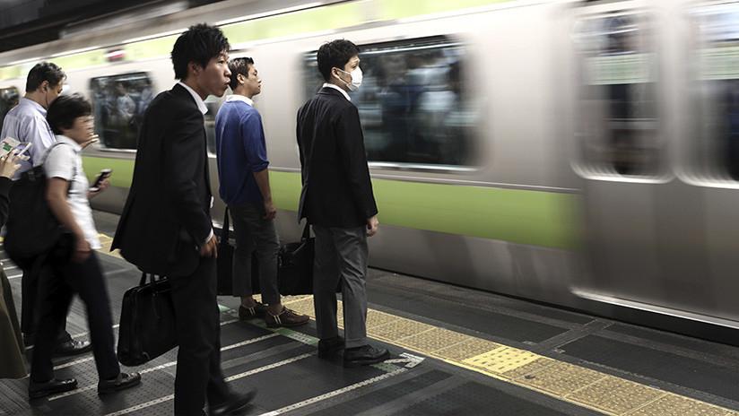 Una compañía ferroviaria japonesa se disculpa por salir 20 segundos antes