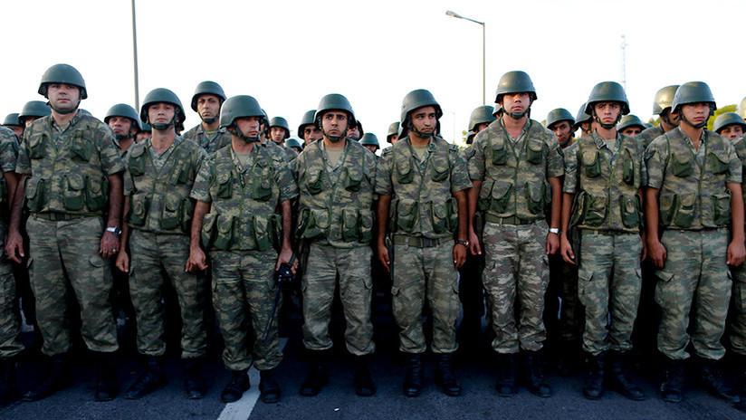 En la OTAN califican de 'enemigo' a Erdogan y este responde con el retiro de sus tropas