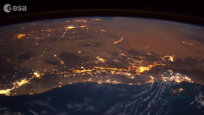 ¿Cómo se ve un meteorito cayendo sobre la Tierra?