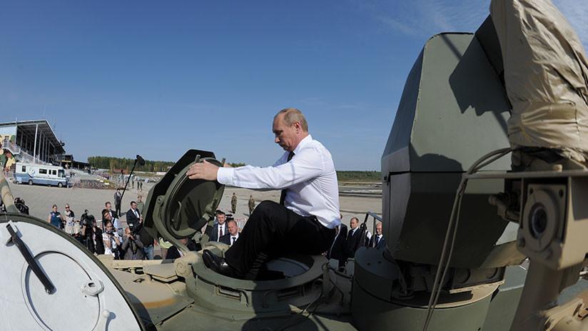 """Putin: """"Los militares de Rusia deben superar al resto del mundo en calidad de armas"""""""