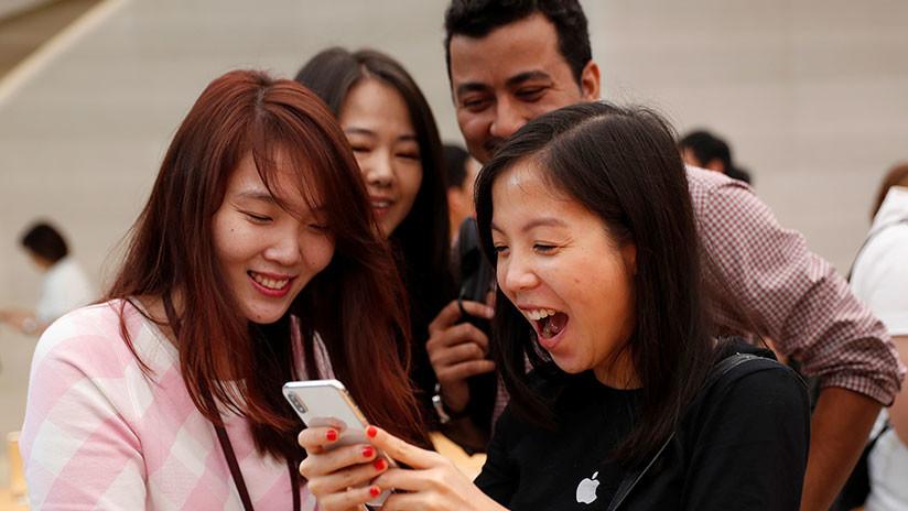 """""""Sabe que lo estás mirando"""": descubren una función desconocida del iPhone X"""