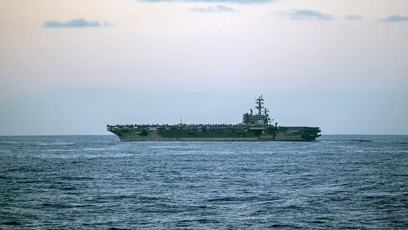 Avión militar de EEUU cae al mar con 11 personas a bordo
