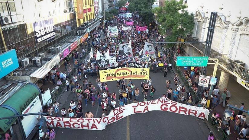 La Marcha de la Gorra  en Argentina hay