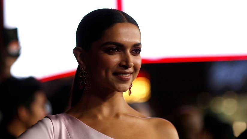 Actriz india responde a político que ofrece recompensa por su cabeza