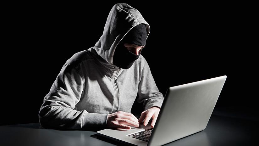 'Hackers' iraquíes trolean la propaganda del Estado Islámico con pornografía