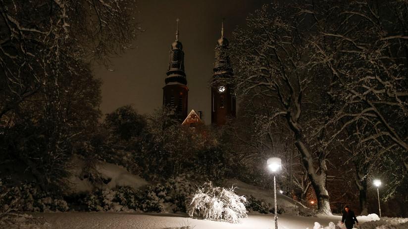 """Iglesia de Suecia dejará de referirse a Dios como """"Él"""" o """"Señor"""""""
