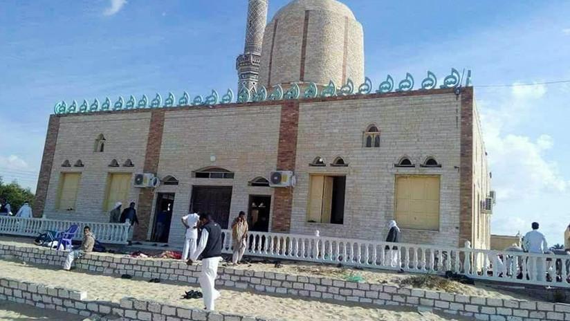 Egipto responde con ataques aéreos al atentado más mortífero en la historia moderna del país