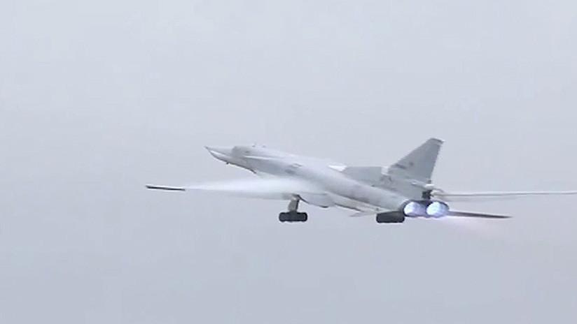 La aviación rusa bombardea en grupo al Estado Islámico en el este de Siria