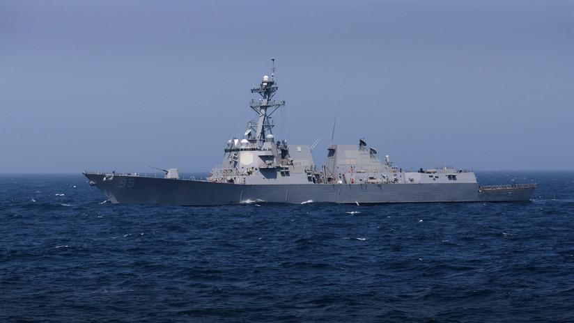 Un destructor de EE.UU. con 56 misiles Tomahawk entra en el mar Negro