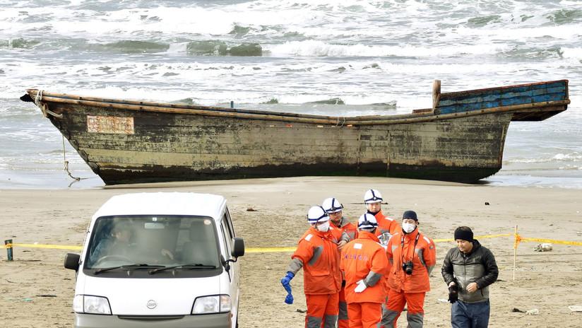 Un 'barco fantasma' con ocho cadáveres a bordo llega a las costas de Japón