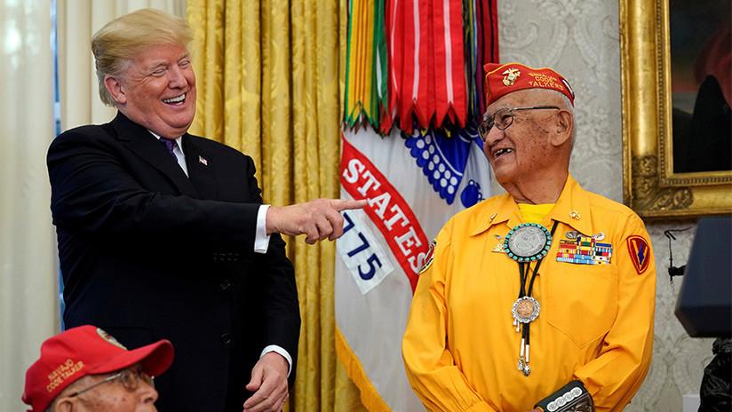"""Un nuevo desaguisado de Trump: Habla de """"Pocahontas"""" en un homenaje a veteranos indígenas (VIDEO)"""
