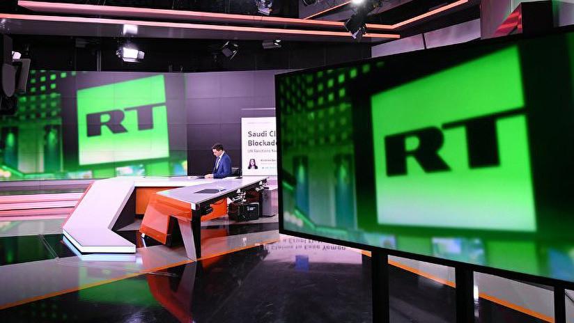 """La directora de RT explica la """"pequeña diferencia"""" entre Rusia y EE.UU."""
