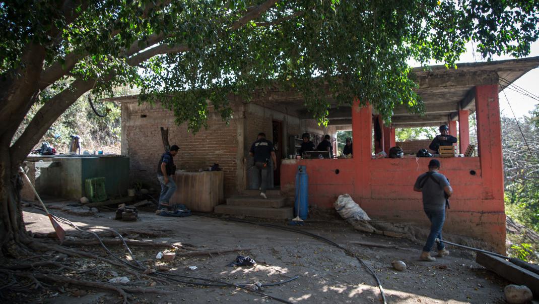 Operativo para desestructurar un laboratorio de metanfetamina a manos de la Policía Municipal de Aquila