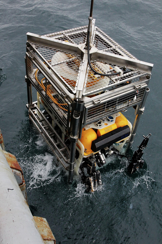 Ara San Juan, el ahora olvidado submarino Argentino desaparecido con 44 tripulantes a bordo - Página 2 5a182593e9180f89078b4567