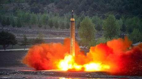 Ensayo del misil norcoreano de gran alcance Hwasong-12 (Mars-12) del 15 de mayo de 2017.