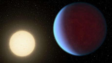 La concepción artística del exoplaneta 55 Cancri e y su estrella.