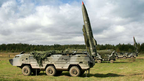Sistema táctico lanzamisiles tierra-tierra Tochka-U.