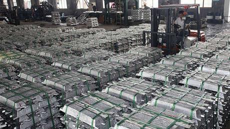 Piezas de aluminio en una planta de Anshun, China, el 1 de julio de 2013.