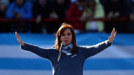 La expresidenta argentina Cristina Fernandez de Kirchner en un mitin en Buenos Aires, el 20 de junio de 2017.