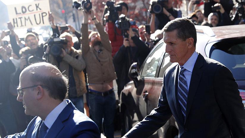 Wall Street se desploma tras acusaciones formales contra Michael Flynn