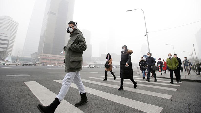 Pekín: ¿Es posible eliminar el esmog con 15 millones de abanicos?