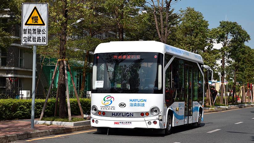 FOTOS: China prueba cuatro autobuses autónomos